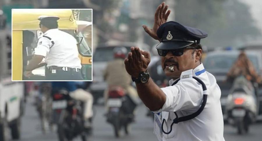 Policía agresivo.