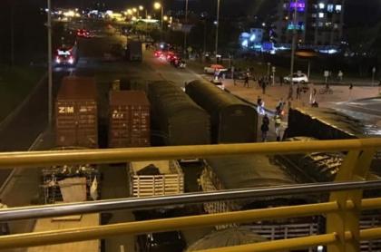 Camioneros en paro nacional del 27N