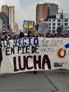 Estudiantes de la Universidad Sergio Arboleda manifestando
