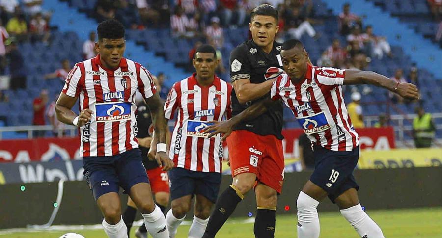 Junior-América