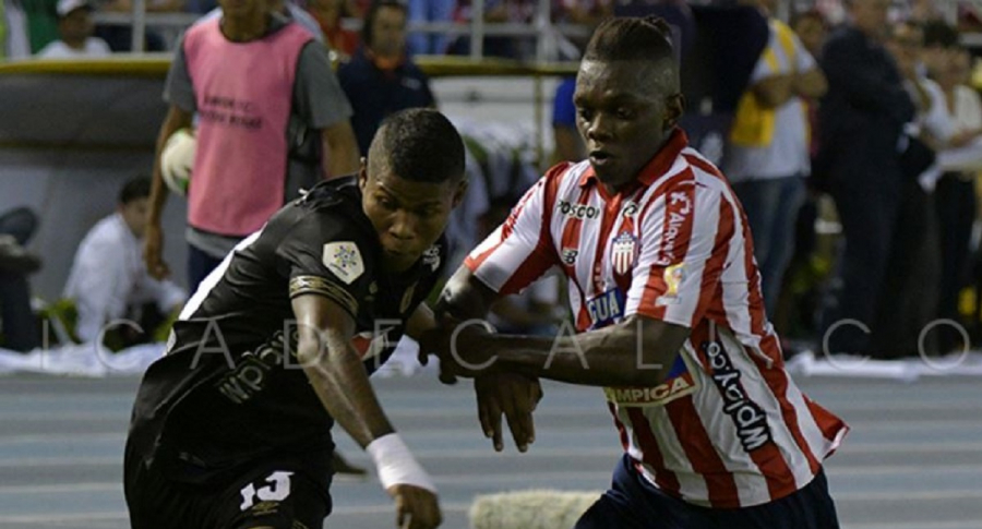 Junior vs. América
