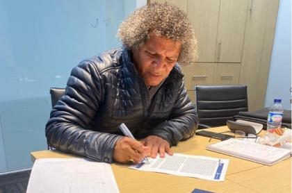 Alberto Gamero firma con Millonarios