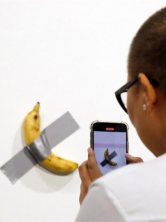 Millonada que pagaron por insólita obra de arte de un banano pegado a una pared