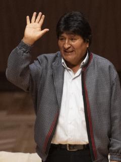Evo Morales ahora busca ganar las elecciones 2020, pero como jefe de campaña