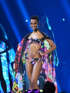 """Las fotos sin maquillaje con las que la nueva Miss Universo revela sus """"imperfecciones"""""""