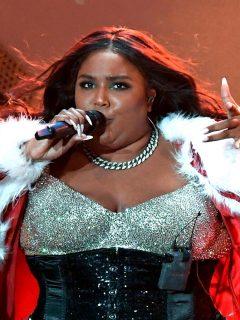 En tanga, cantante más nominada a los Grammy hizo 'twerk' en pleno partido de la NBA