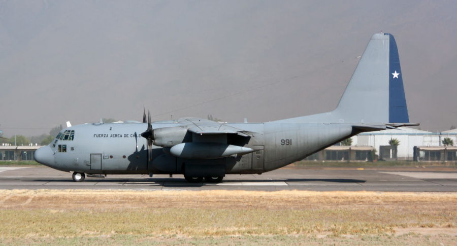Avión Hércules fuerza aérea chilena