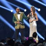 Steve Harvey, presentador de Miss Universo, y Gabriela Tafur, Señorita Colombia.