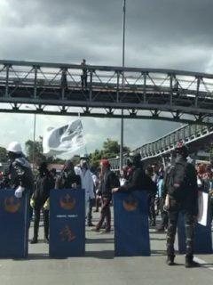 [Video] Esmad se enfrenta con estudiantes y detiene a integrantes de grupo 'Primera línea'