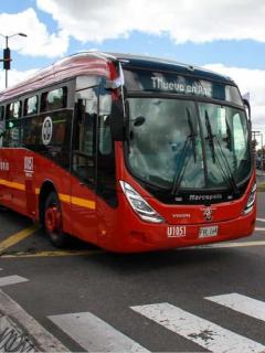 [Video] Gases lacrimógenos del Esmad alcanzaron a pasajeros en un bus de Transmilenio