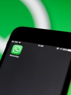 ¿Cómo crear una copia de seguridad en WhatsApp para guardar archivos importantes?