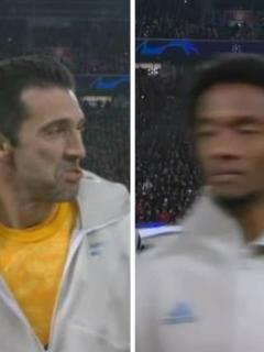 [Video] El 'calvazo' que Buffon le pegó a Cuadrado en pleno himno de la Champions