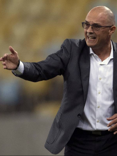 Un uruguayo releva al argentino Lucas Pusineri en la dirección técnica del Deportivo Cali