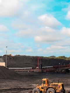 La Drummond debe suspender el 'fracking' para explotar gas metano en Colombia