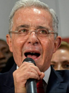 """""""Mientras no se olviden de Uribe, no podemos avanzar"""": Salud Hernández"""