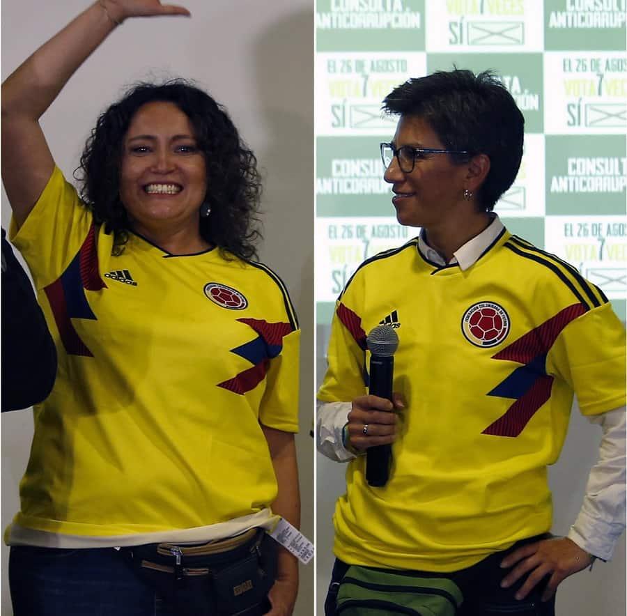 Angélica Lozano, senadora, y Claudia López, alcaldesa de Bogotá.