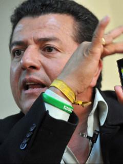 La condición que puso Hugo Ospina, líder de taxistas, para irse a trabajar a Uber