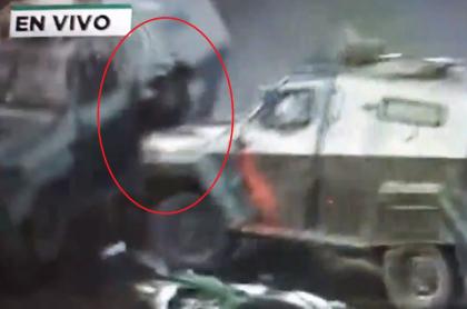 tanquetas estripan a joven chileno