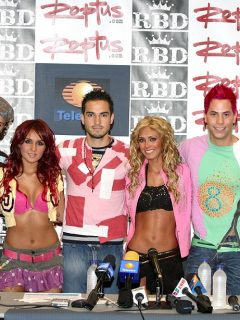 Christopher Uckermann, Dulce Maria Espinoza, Alfonso Herrera, Anahi Puente, Christian Chávez y Maite Perroni, ex RBD.
