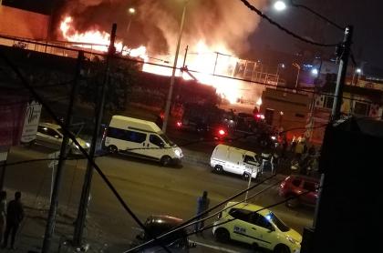 Incendio barrio Alquería de Bogotá 25 de diciembre de 2019