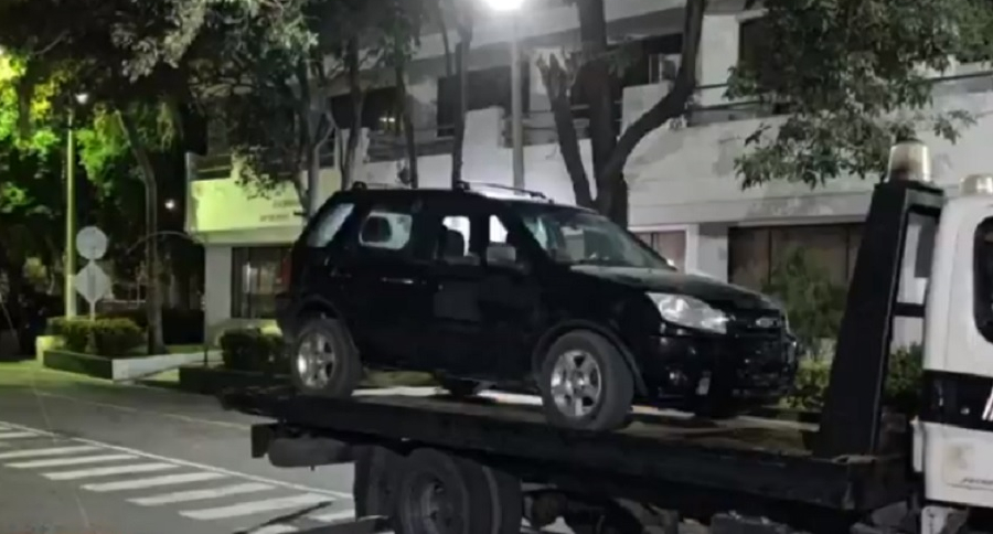Camioneta en la que iban esposos asesinados en Santa Marta