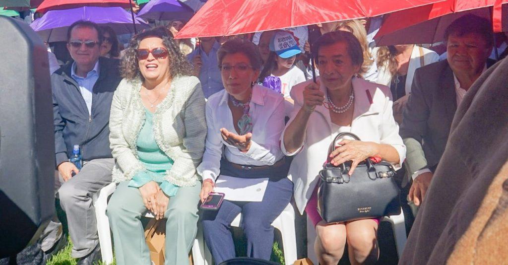 Angélica Lozano, Claudia López y María del Carmen Hernández