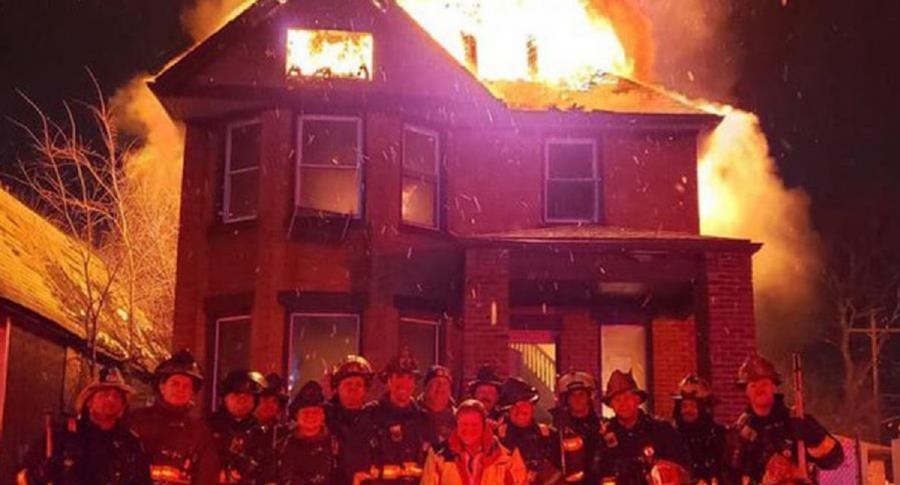 Foto de bomberos