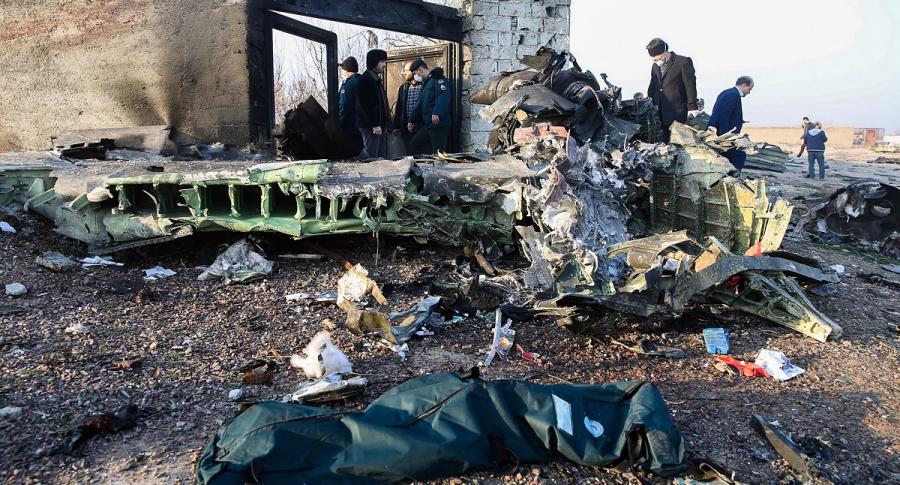 Organismos de rescate en el sitio del accidente
