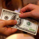 Dólar.