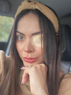¿'Exprotagonista' que se destruyó la córnea izquierda quedará ciega de un ojo?