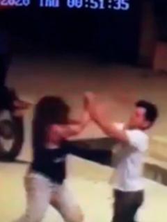Se fue de 'varoncito' al intentar besar a la fuerza a mujer, pero ella le dio su merecido