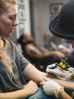 ¿Quiere tatuarse? Estas son las zonas del cuerpo más sensibles al dolor