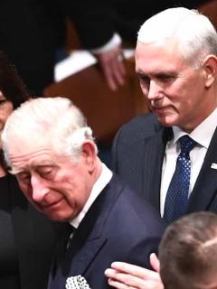 [Video] Príncipe Carlos ignora a 'vice' de EE. UU. Mike Pence durante saludo