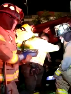 Un muerto y 3 heridos, por carro volcado en avenida NQS que provocó gran trancón