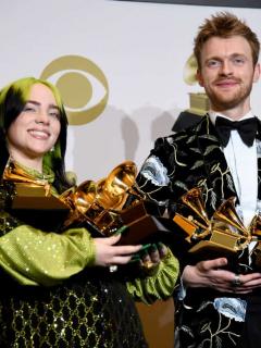 Ni la emotividad subió 'rating' de los Grammy; registró el peor de la historia