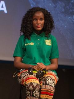 Agencia estadounidense borra a activista africana de foto con Greta Thumberg