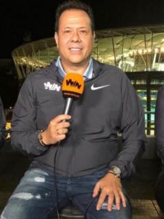 """La broma del 'cantante del gol' a hinchada del Cali por """"no llenar nunca"""" su estadio"""