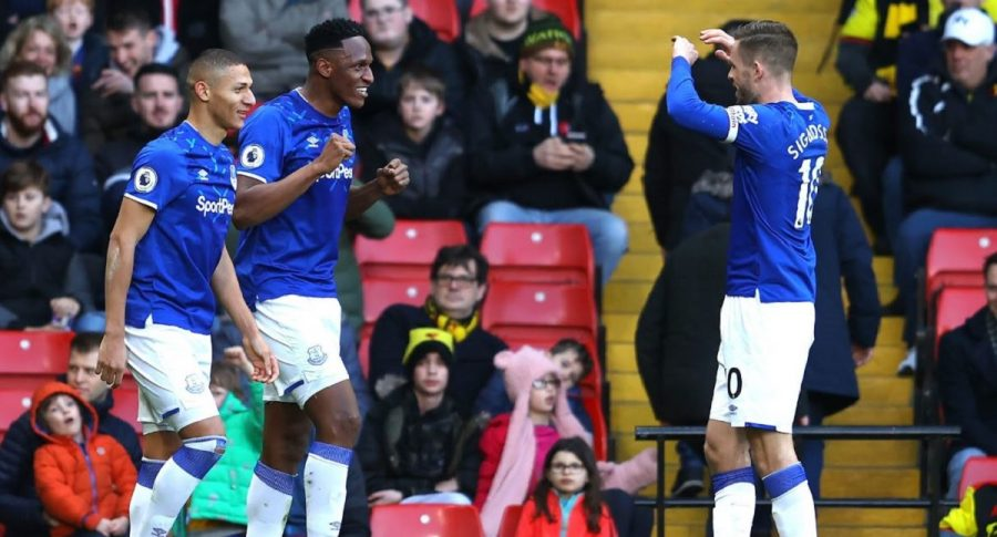 Yerry Mina con Everton