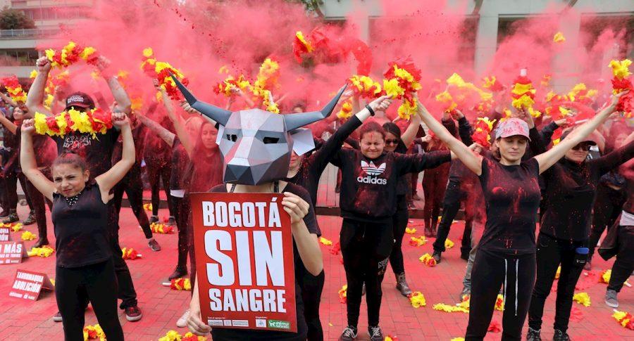 'Bogotá se tiñe de sangre', protesta en contra de la temporada taurina 2020