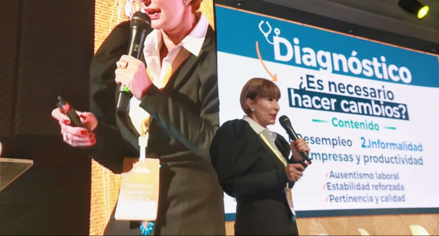 Ministra de Trabajo, Alicia Arango.