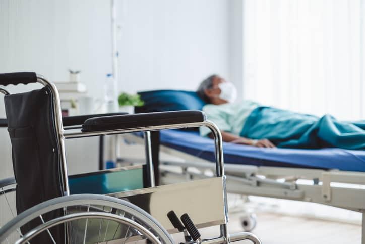 Silla de ruedas hospitalizado