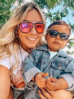 Katerin Peláez y su hijo Emmanuel