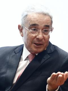 Álvaro Uribe y María Juliana Ruiz