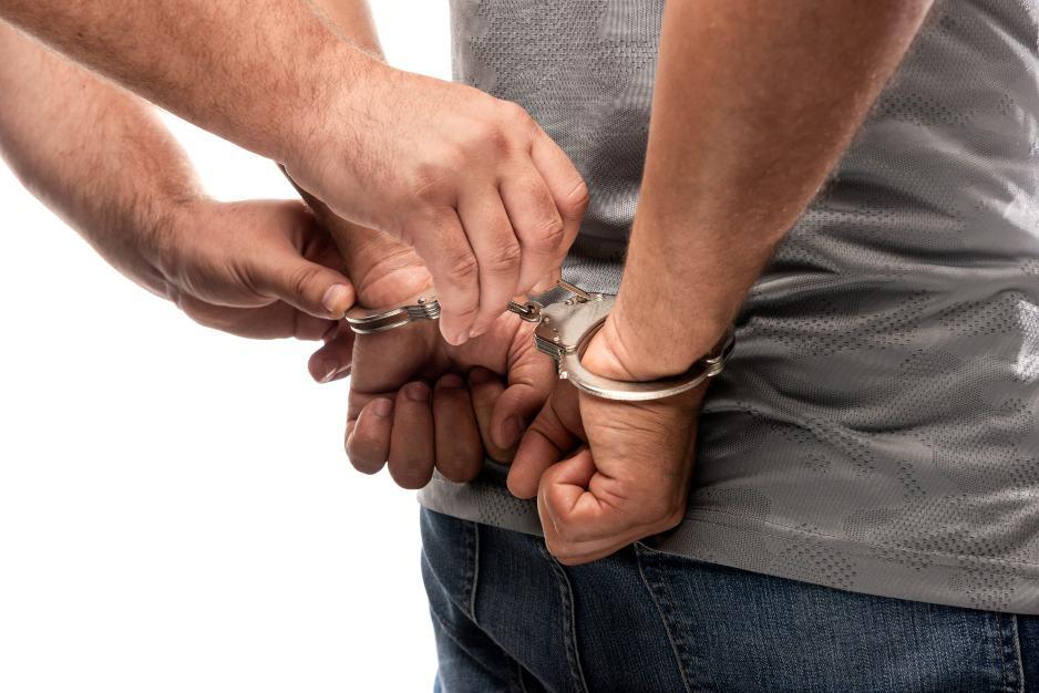 Liberan a hombre arrestado.