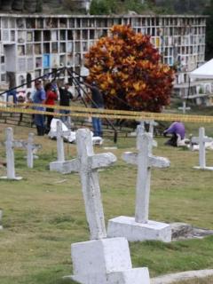 """""""Dos niños y algunos adolescentes"""", entre los cuerpos hallados por JEP en fosas comunes"""