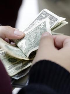 El presidente Joe Biden quiere duplicar el salario mínimo federal de Estados Unidos, el cual no ha incrementado desde el 2009.