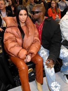 Kanye West hace otro desplante a Kim Kardashian; esta vez por poco caballeroso