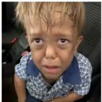 Niño llora luego de matoneo.