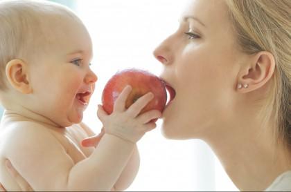 Bebé fruta