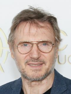 Usó doble para no mostrar sus nalgas: actor Liam Neeson confiesa que no le gusta su cola
